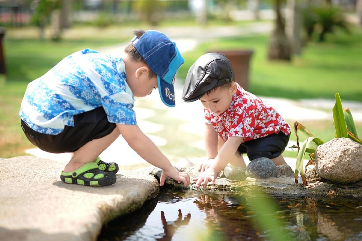 9 cara mengajarkan anak tentang sopan santun