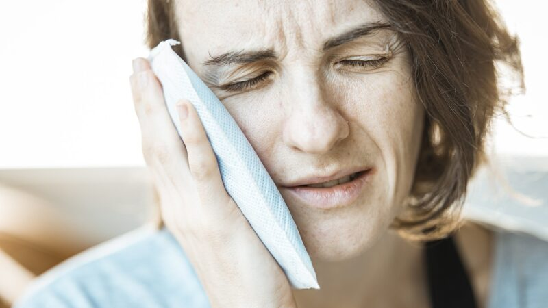 Cara ampuh mengurangi rasa sakit pada Gigi dan gusi
